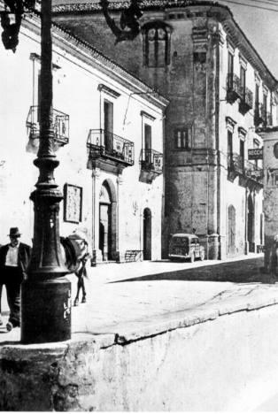 Le palais MATERI à GRASSANO